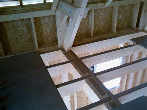 26 07 09 suite de la pose du plancher de l 233 tage construction maison ossature bois