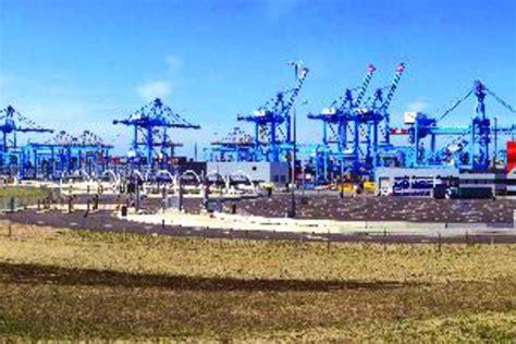avec les robots du port de rotterdam maritime