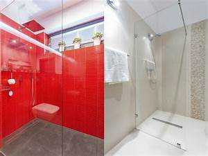 Kleines Bad Dusche : kleines bad dachschr gen diese duschen l sen 5 platz probleme ~ Markanthonyermac.com Haus und Dekorationen