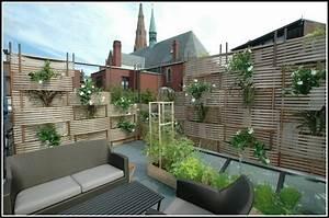 Welche Pflanzen Als Sichtschutz : balkon sichtschutz interesting biete weidenmatte als sichtschutz fr balkon lfm with balkon ~ Markanthonyermac.com Haus und Dekorationen