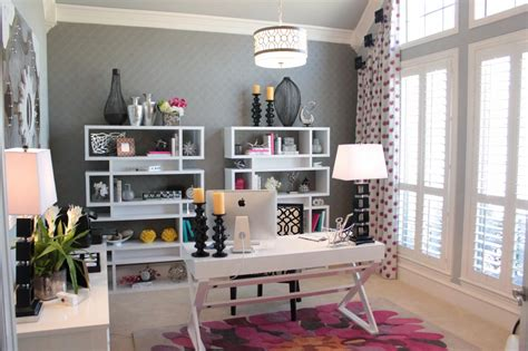37 Refined Feminine Home Office Ideas