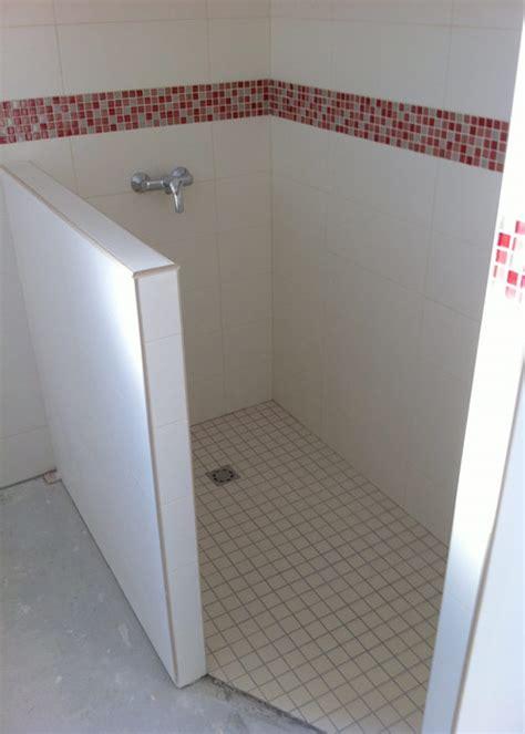 pose des carreaux et mosa 239 ques dans les salles d eau