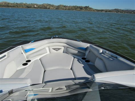 Axis Wake Boats Forum by 2015 A22 Axis Wake Boats Themalibucrew