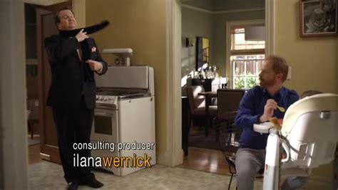 recap of quot modern family quot season 1 recap guide