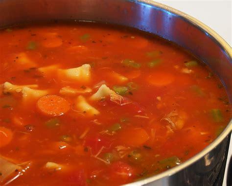 soupe repas aux l 233 gumes et 224 la volaille recettes du qu 233 bec