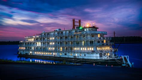 Mississippi Queen Riverboat Cruises by Queen Of The Mississippi Downtown Paducah Ky Photo