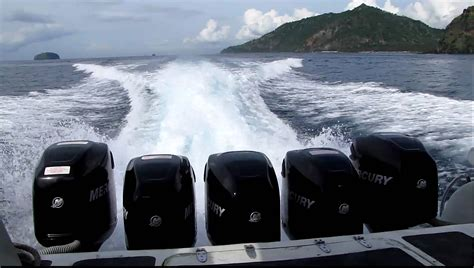Boat Engine Video by 5 Mercury Outboard Motors On The Sea Marlin Fast Boat