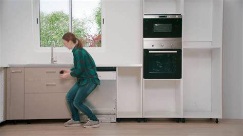 ikea tuto cuisine 6 pose des plinthes et de la ventilation