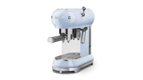 Smeg Ecf01 Espresso Coffee Machine Review How Much Caffeine In Coffee Candy Caribou Locations Bismarck Nd Milligrams Of Original Location Amount Grande With Butter Name And Bagels Sioux Falls Sd