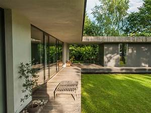 Moderne Häuser Mit Grundriss : haus mit innenhof grundriss google suche architektur pinterest innenhof grundrisse und ~ Markanthonyermac.com Haus und Dekorationen