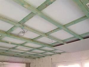 Abstand Spots Decke : decke abh ngen mit dachlatten gipskarton so wird es gemacht ~ Markanthonyermac.com Haus und Dekorationen