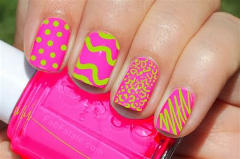 Greatest Neon Pink Nails