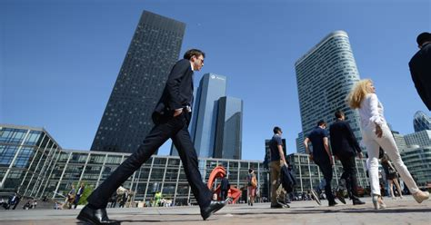 le taux de vacance des bureaux de la d 233 fense continue sa baisse defense 92 fr