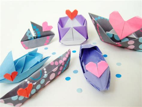 Origami Love Boat a fleet of origami love boats bloomize