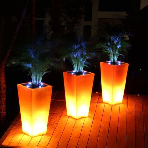 stark line pot 224 fleurs design lumineux et led