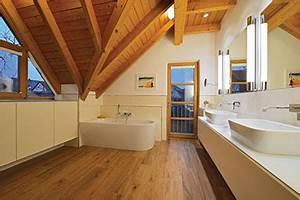 Holzdecke Im Bad : badezimmer sanieren eichenhaus schreinerei architekturb ro ~ Markanthonyermac.com Haus und Dekorationen