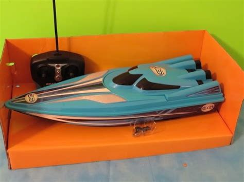 Blue Hat Toy Company Rc Boat Racer by Blue Hat Toy Company Boat Racers Youtube
