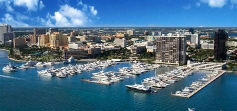 Party Boat Rentals West Palm Beach by West Palm Beach Marinas Yacht Rentals For Corporate Events
