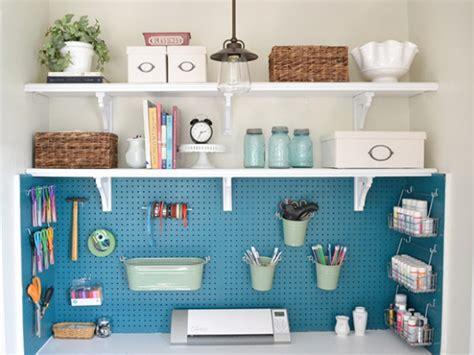 40 Craft Room Design Ideas For Better Organization