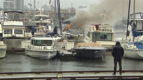 Fire Boat Vancouver Bc by Crews Knock Down Large Boat Fire In False Creek Ctv