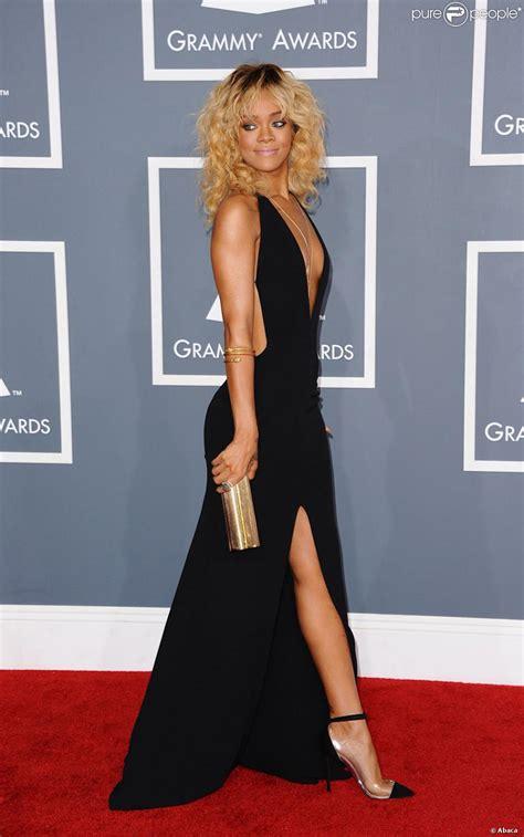 rihanna sur le tapis des grammy awards 2012 en f 233 vrier 233 tait la la mieux habill 233 e de