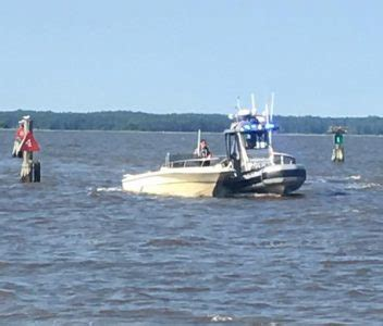 Boating Accident Virginia by Two Dead After Boat Capsizes On York River Williamsburg