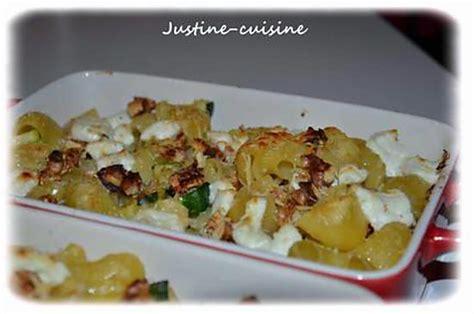 recette de gratin de p 226 tes aux courgettes ch 232 vre frais et noix