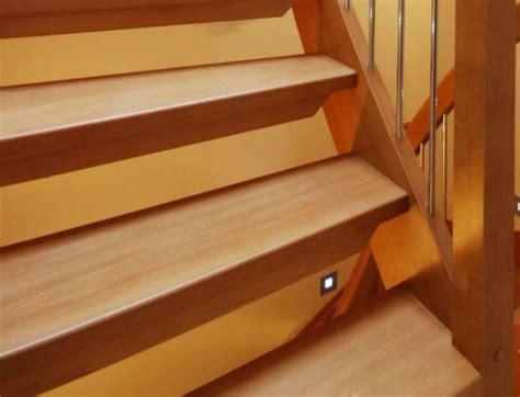 nettoyage du bois vernis escalier porte lambris tout pratique
