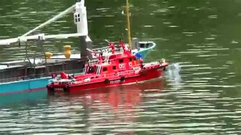Rc Fire Boat Youtube by Fire Boat Rescue Fish Trawler Youtube