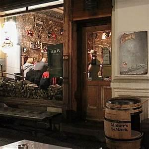 Bar Mit Tanzfläche Berlin : bar raclette gin sour at it 39 s best berlin creme guides ~ Markanthonyermac.com Haus und Dekorationen