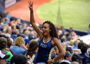 MLB Cheerleaders, Dance Teams and Ball Girls | SI.com