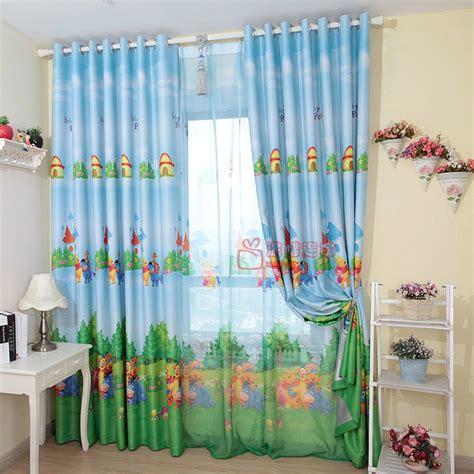 rideau de store avec winnie l ourson chaud sp 233 cial chambre de dessins anim 233 s de chambre d enfant