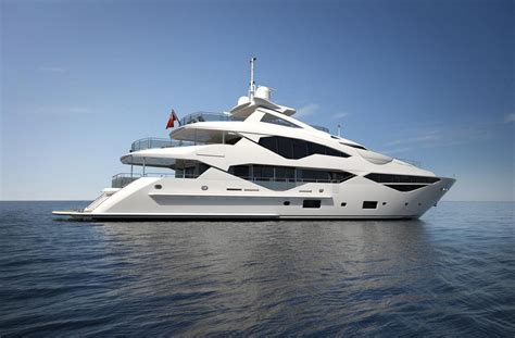 Yacht Boat London by Sunseeker To Launch New 131 Yacht At The London Boat Show