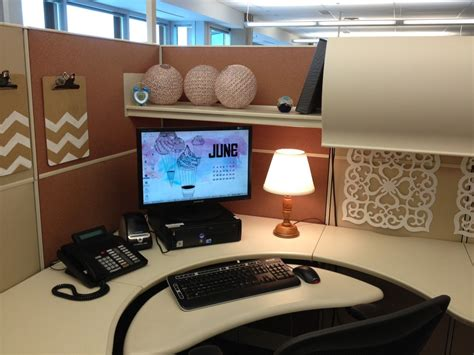 20 cubicle decor ideas to make your office style work as as you do