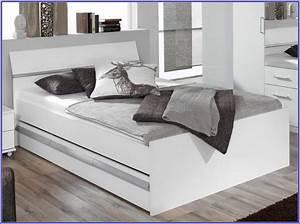 Ikea Metallschrank Weiß : ikea malm bett weiss 140 betten house und dekor galerie b1z2pogake ~ Markanthonyermac.com Haus und Dekorationen