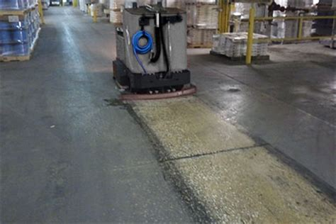 floor scrubber sweeper xr rider floor scrubber sweeper machine tomcat floor equipment