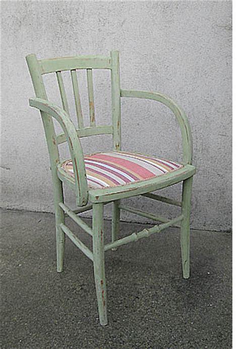 restaurer une chaise cann 233 e esprit cabane idees creatives et ecologiques