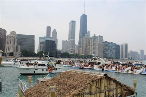 Boat Rentals In Chicago For Parties by Chicago Boat Rental Photos Island Party Boat