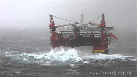 North Shore Boat Works Ingleside Tx by Accommodation Platform Floatel Superior In Storm In The