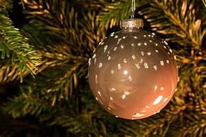 Braun Und Grün Ergibt : weihnachtskugeln braun ~ Markanthonyermac.com Haus und Dekorationen