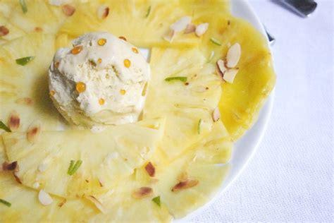 carpaccio d ananas aux zestes de citron boule de glace vanille aux 233 clats de caramel