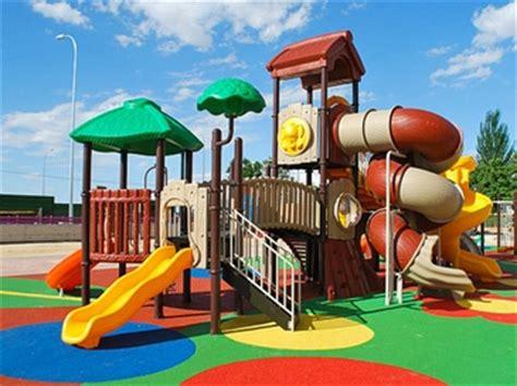 jeux de plein air h 244 tels restaurants pep s aires de jeux pour restaurant hotel cing