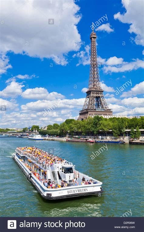 Boat Tour Paris Seine by Bateaux Mouches Tour Boat On River Seine Passing The