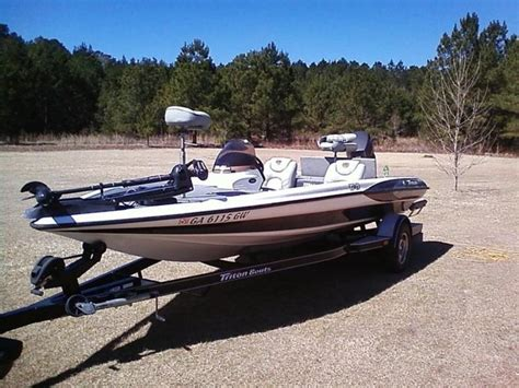 Used Triton Bass Boats For Sale In Georgia by 2000 Triton Tr19 Powerboat For Sale In Georgia