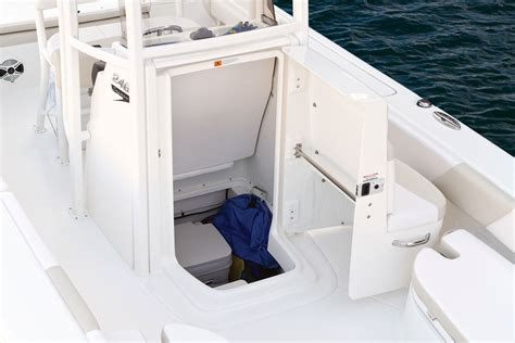 Center Console Boats With Porta Potty by Robalo 246 Cayman 2015 2015 Reviews Performance Compare