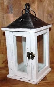 Windlicht Weiß Metall : laternen lampen ~ Markanthonyermac.com Haus und Dekorationen