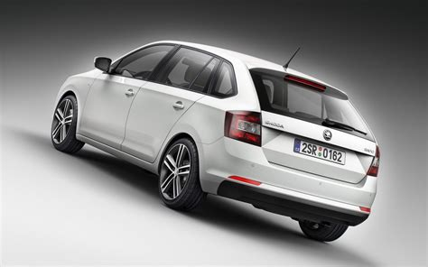 spaceback une nouvelle skoda rapid fa 231 on golf 2013 salon de francfort 2013