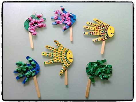 poissons marionnettes mer et oc 233 an bricolage enfant batonnet en bois poisson avril