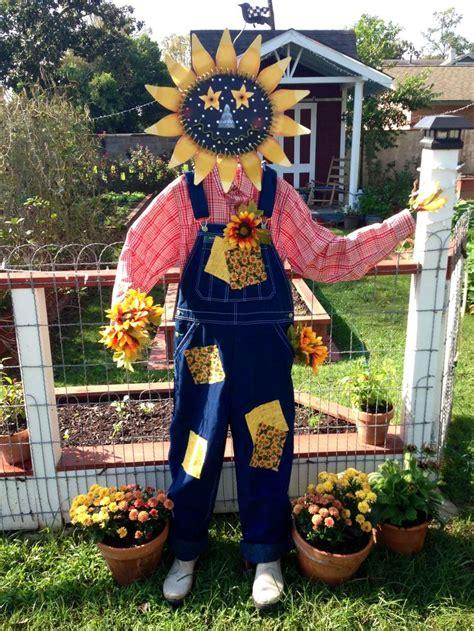 Diy Scarecrow For Garden 25 best ideas about scarecrows on scarecrow