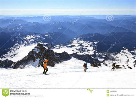 le mont rainier 14 410 pi est le plus haut volcan et la plus grande montagne glaciated aux